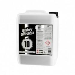 Shiny Garage Pre Wash...